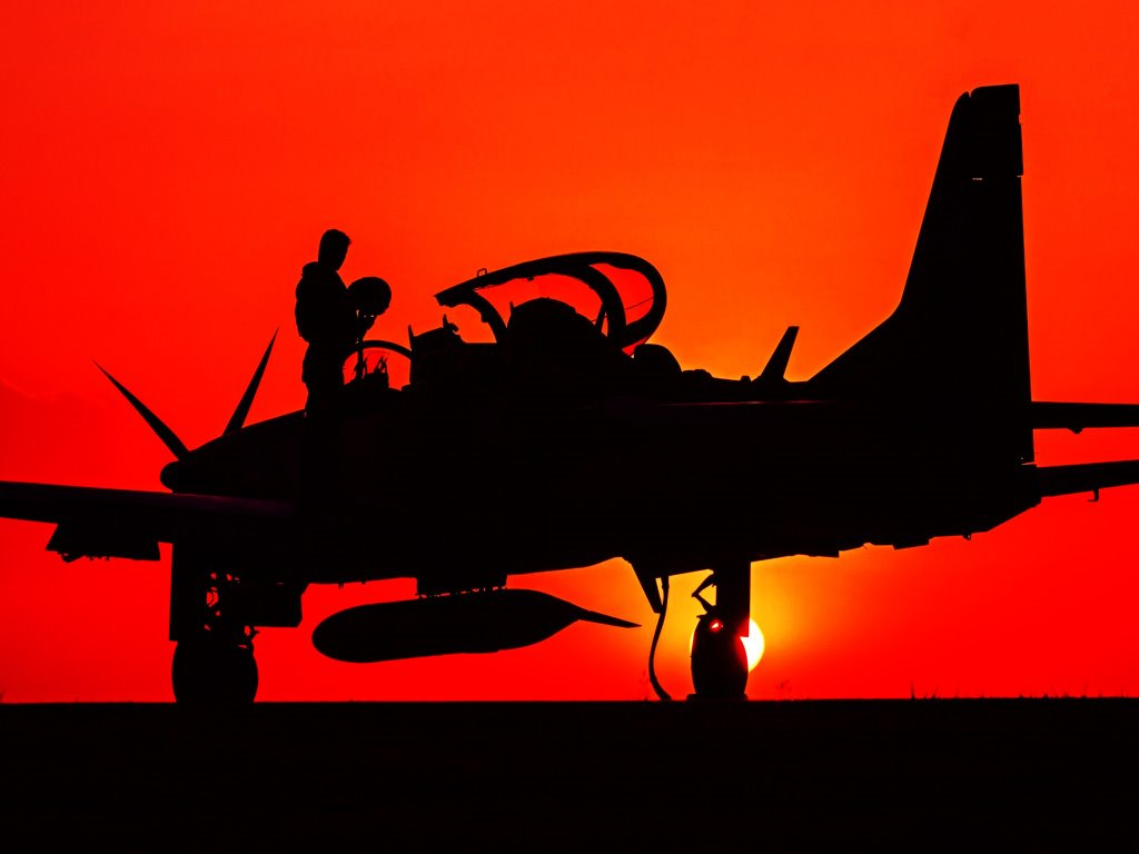 Vehicles Wallpaper: Military Plane - Sunset