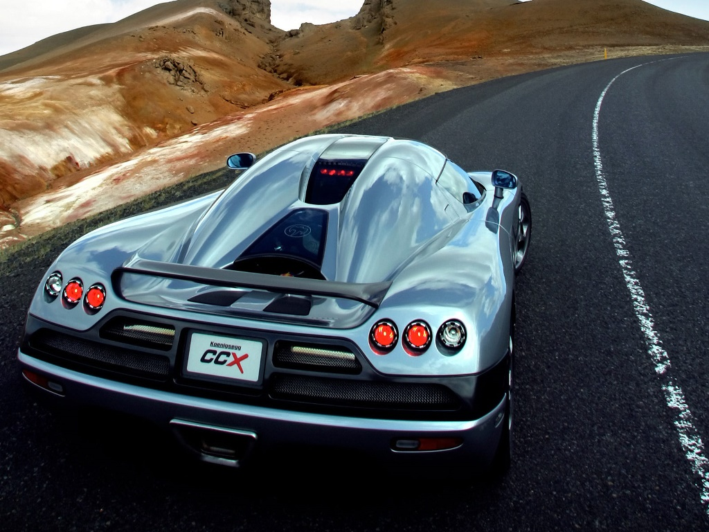 Vehicles Wallpaper: Koenigsegg