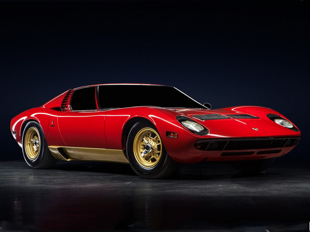 Vehicles Wallpaper: Lamborghini Miura 1971