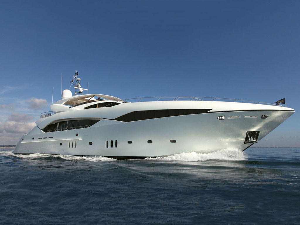 Vehicles Wallpaper: Luxury Yacht