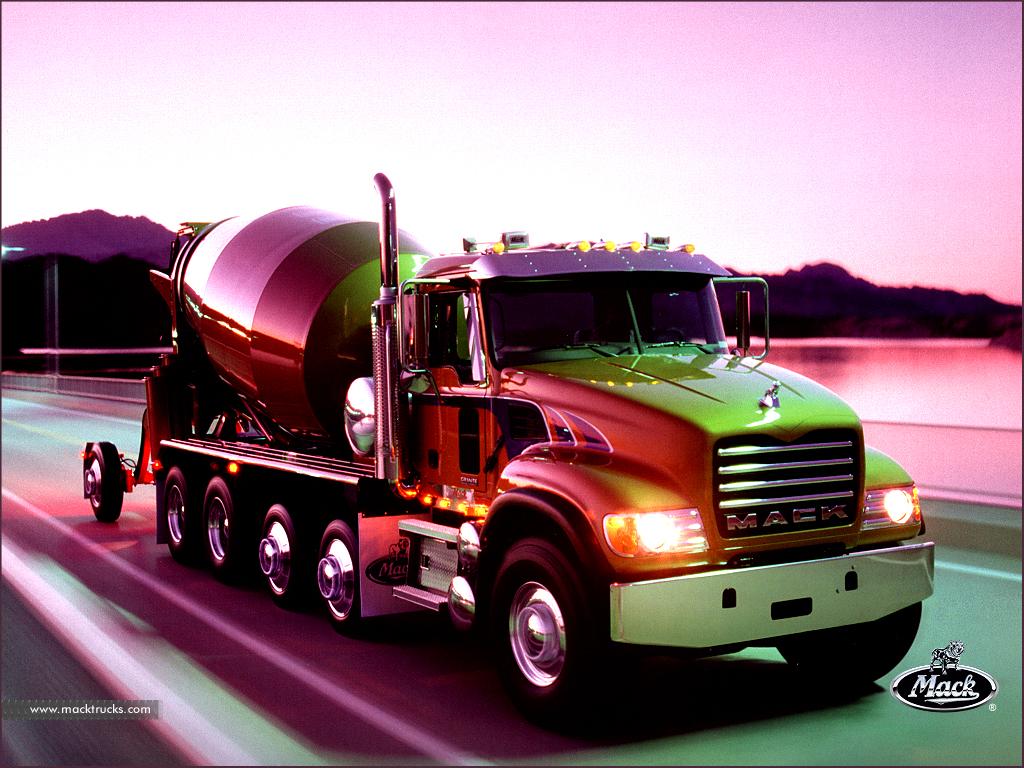 Vehicles Wallpaper: Mack Truck
