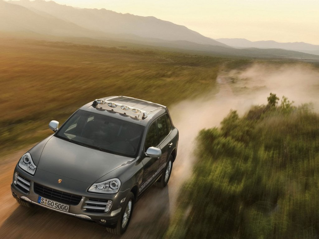 Vehicles Wallpaper: Porsche Cayenne