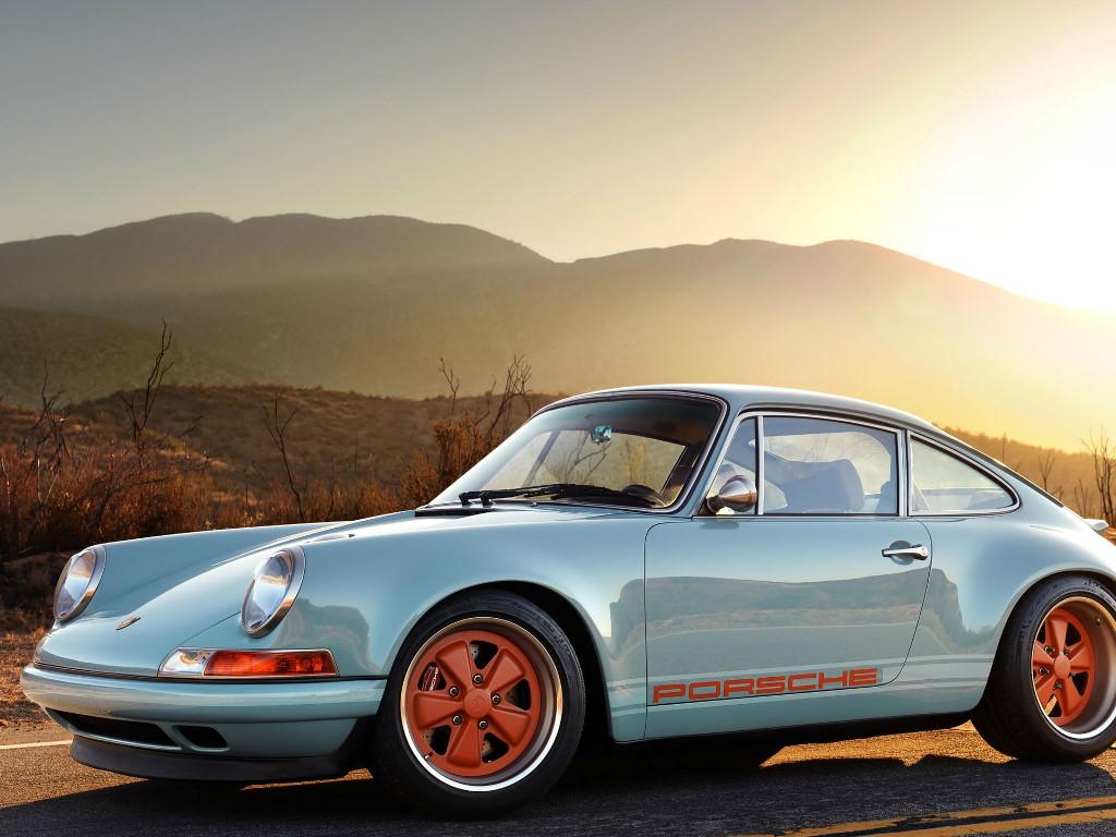 Vehicles Wallpaper: Porsche - Desert