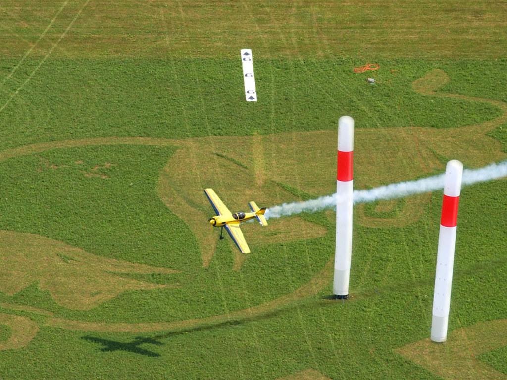 Vehicles Wallpaper: Red Bull Air Race