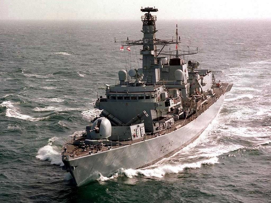 Vehicles Wallpaper: Royal Navy - HMS Montrose