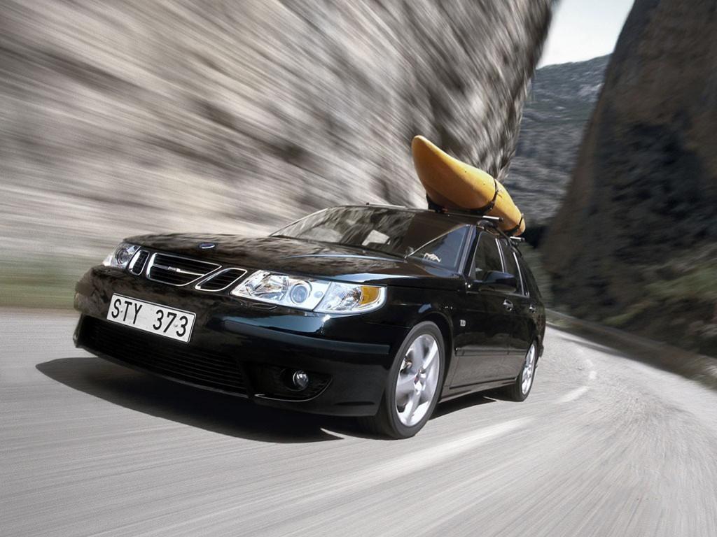 Vehicles Wallpaper: Saab Wagon