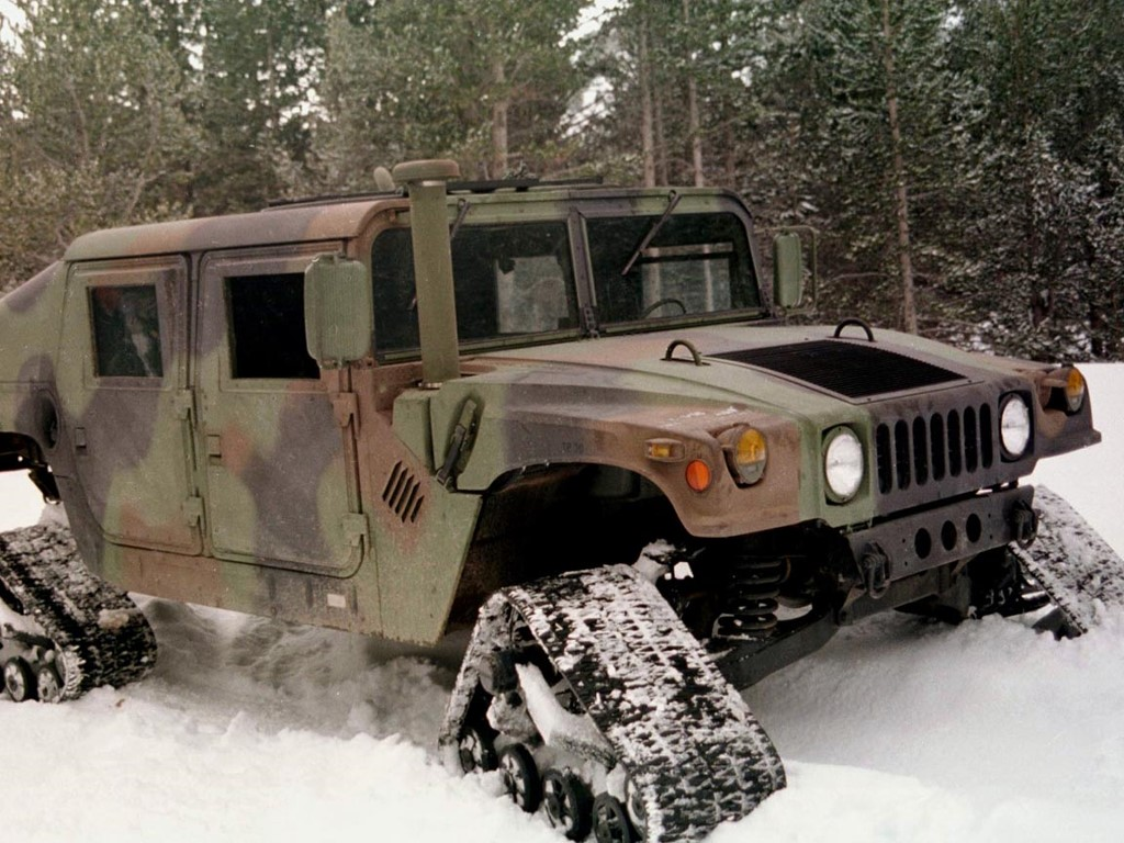 Vehicles Wallpaper: Snow Hummer