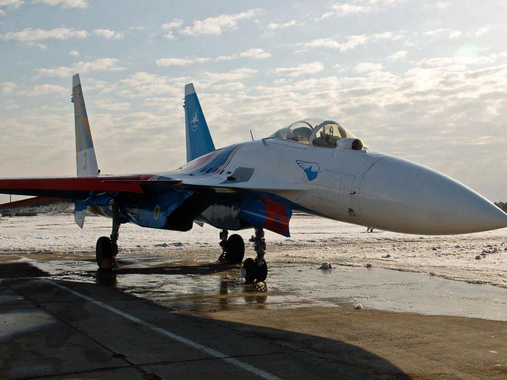 Vehicles Wallpaper: Sukhoi Su-27
