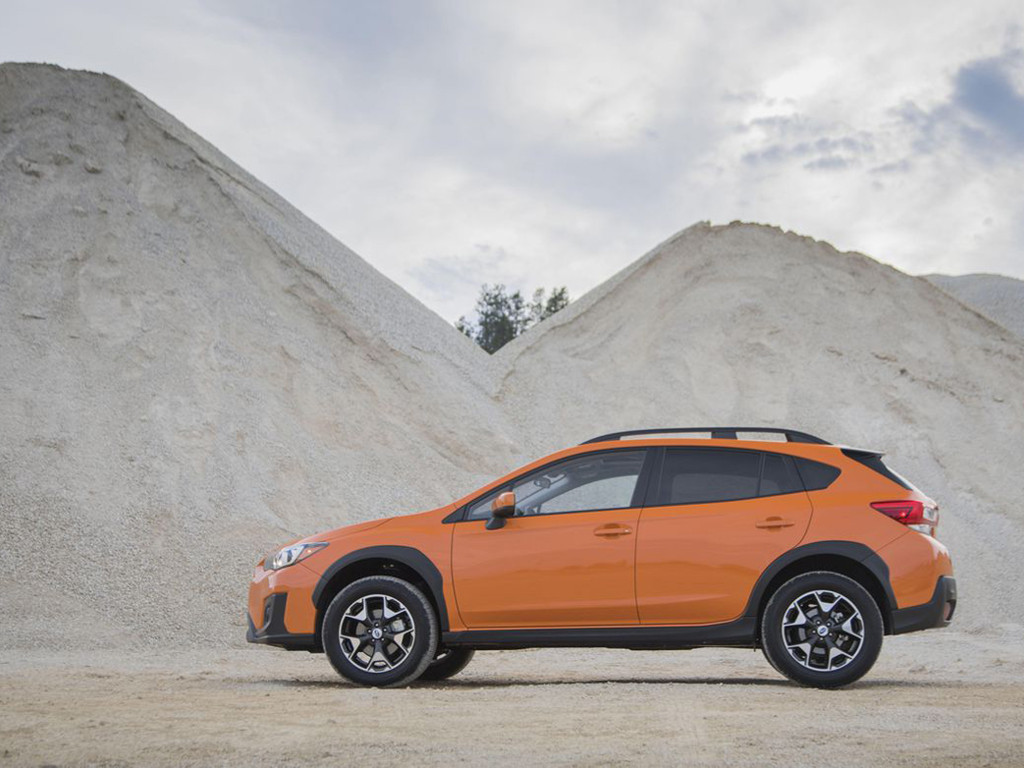 Vehicles Wallpaper: Subaru - Crosstrek