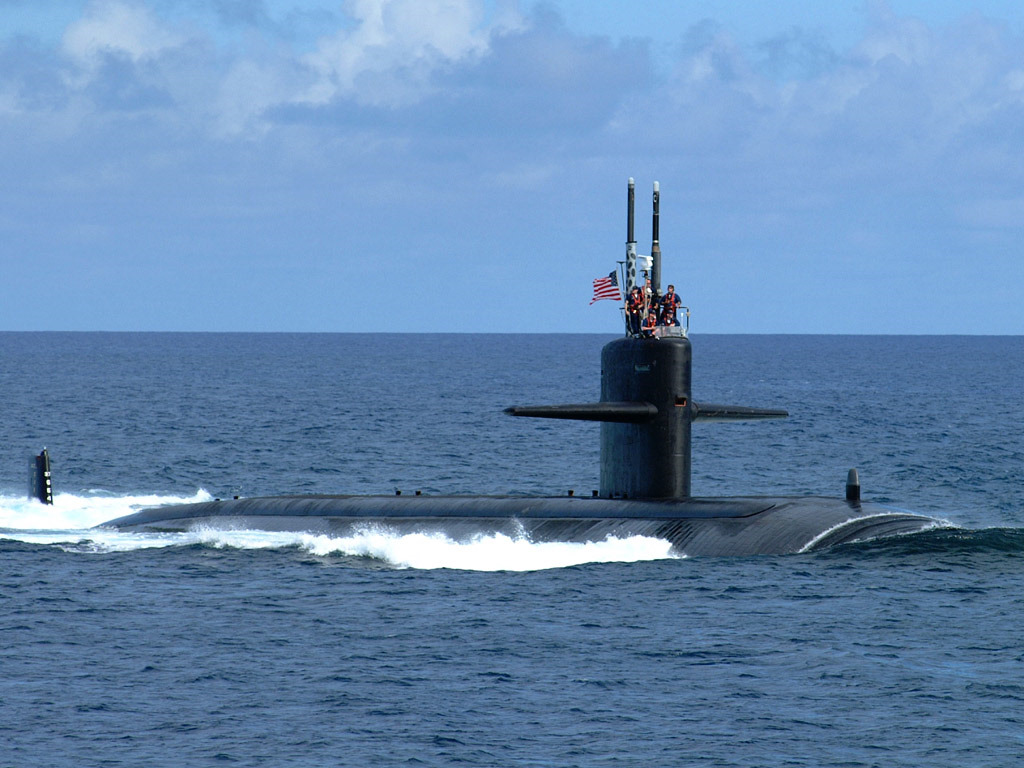 Vehicles Wallpaper: Submarine - USS Salt Lake City