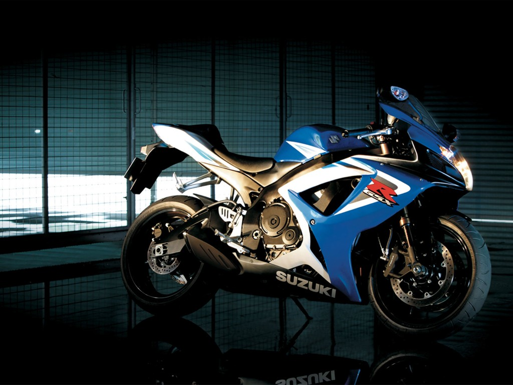 Vehicles Wallpaper: Suzuki GSX-R1000