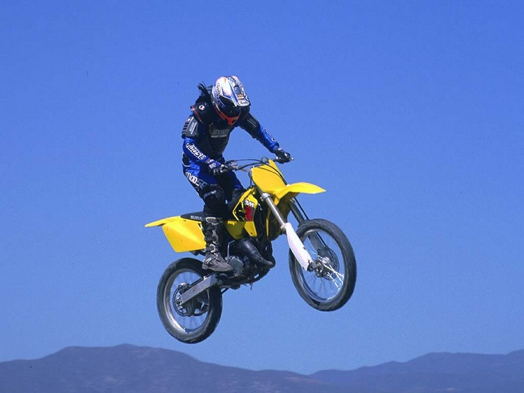 Vehicles Wallpaper: Suzuki - Motocross