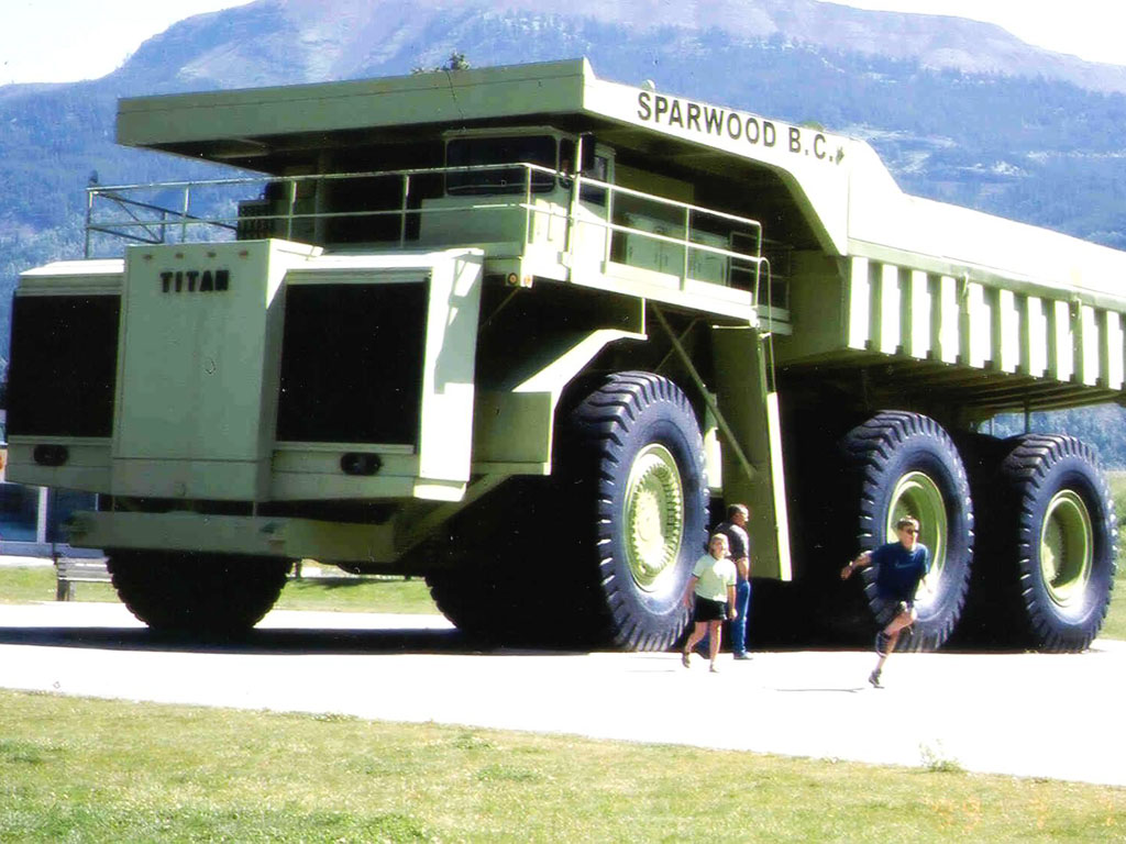 Vehicles Wallpaper: Titan