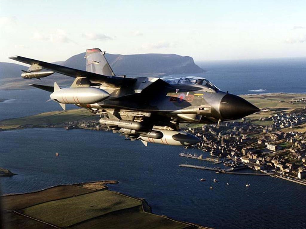 Vehicles Wallpaper: Panavia Tornado