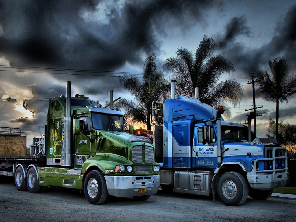 Vehicles Wallpaper: Trucks