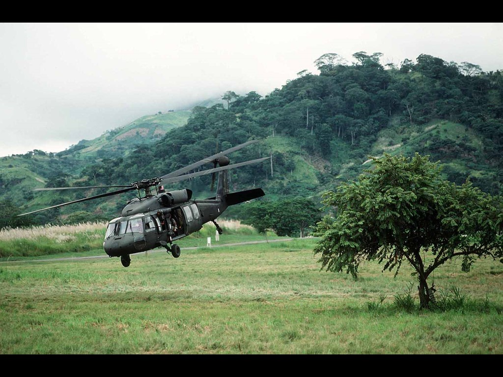 Vehicles Wallpaper: UH-60 Black Hawk