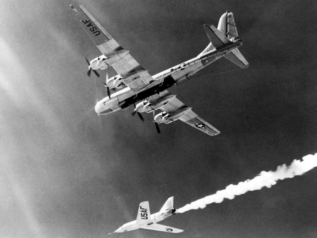 Vehicles Wallpaper: USAF Bomber