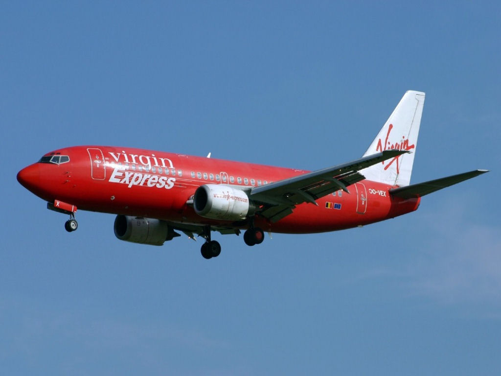 Vehicles Wallpaper: Virgin Express - Plane