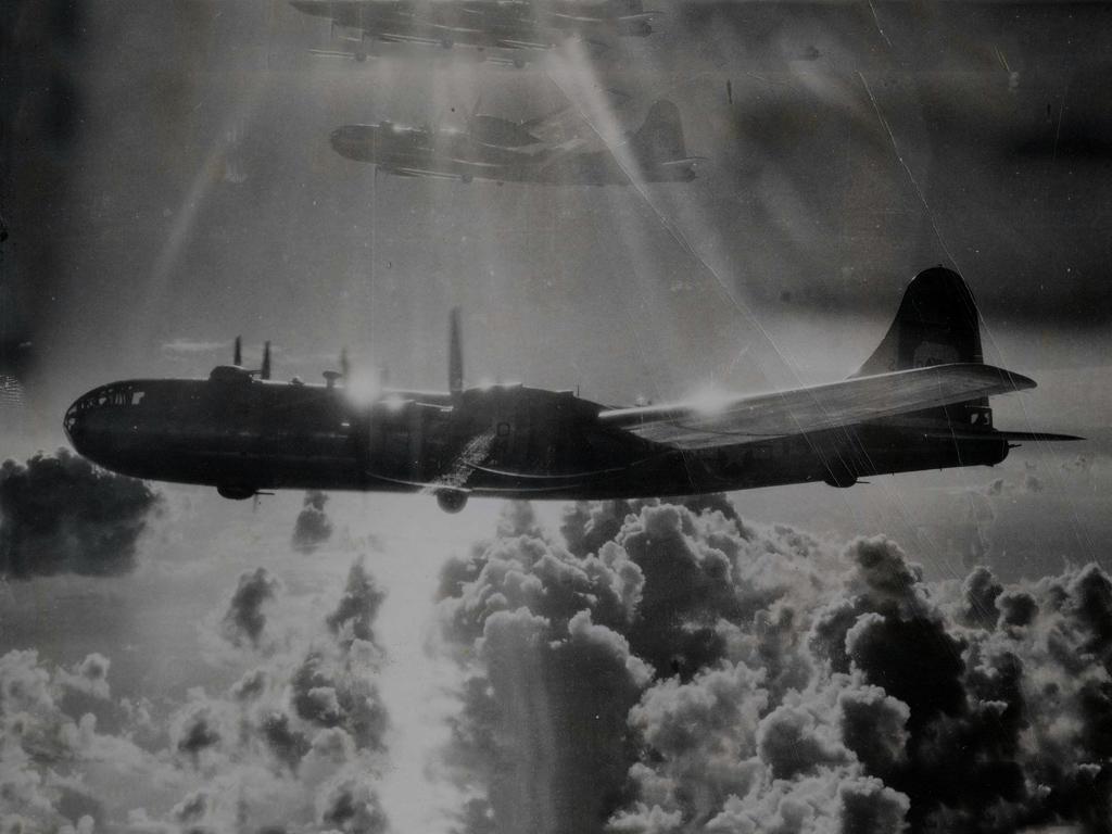 Vehicles Wallpaper: World War II Bombers