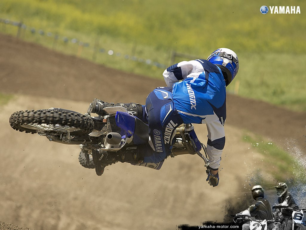 Vehicles Wallpaper: Yamaha - Motocross
